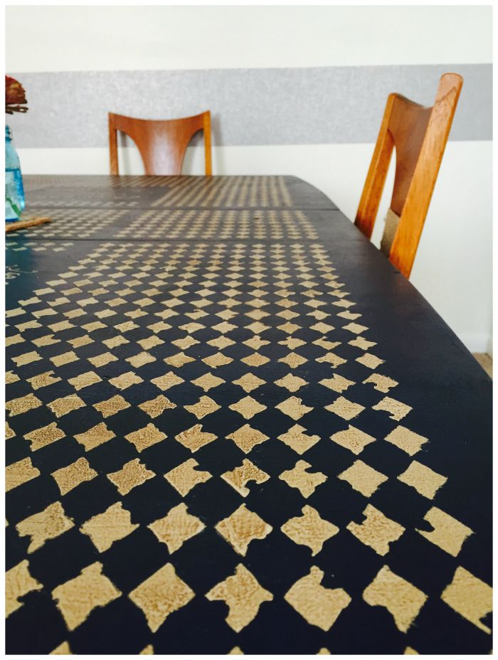dining room table stencil with both chairs