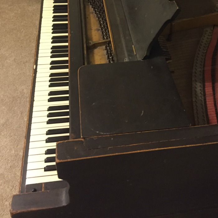 beat up piano