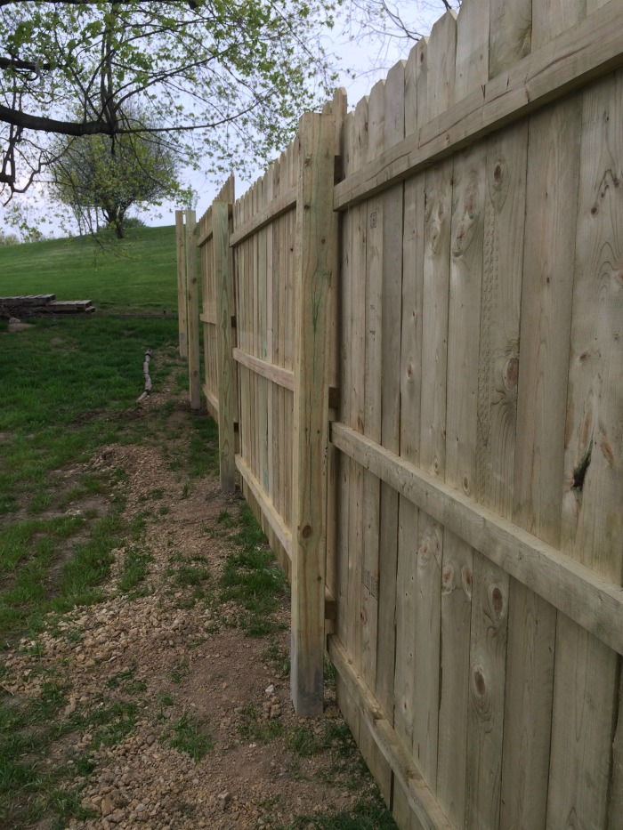 finished fence with clay