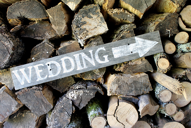 diy-rustic-wedding-sign-007