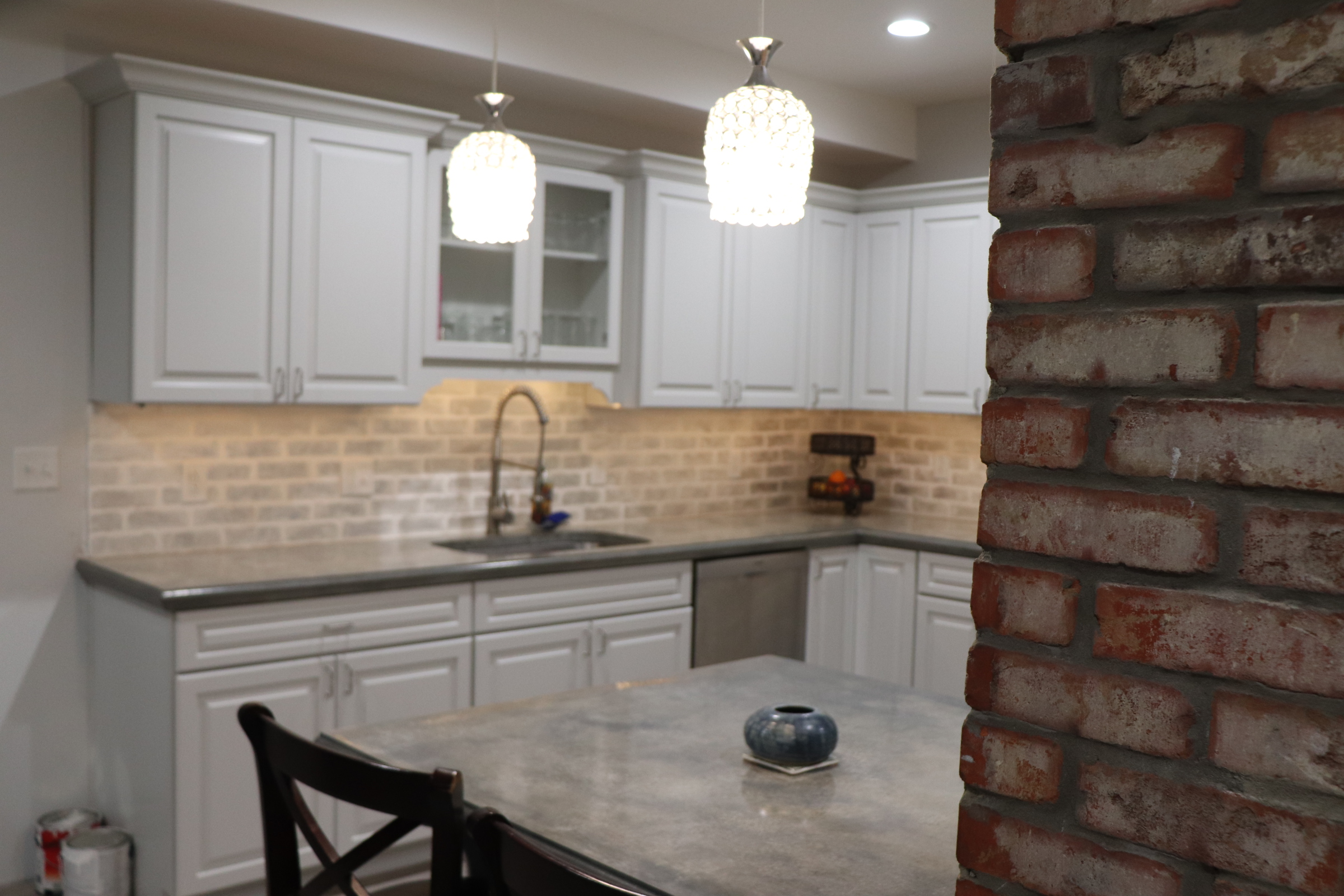 - How To Install An Inexpensive Backsplash - Pink Tool Girl