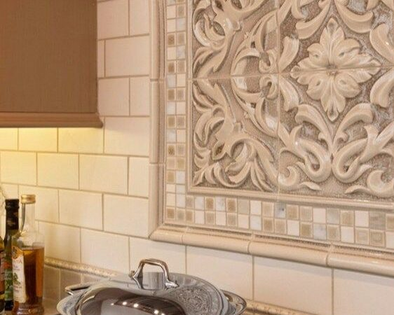 Inexpensive & Customized Kitchen Backsplash